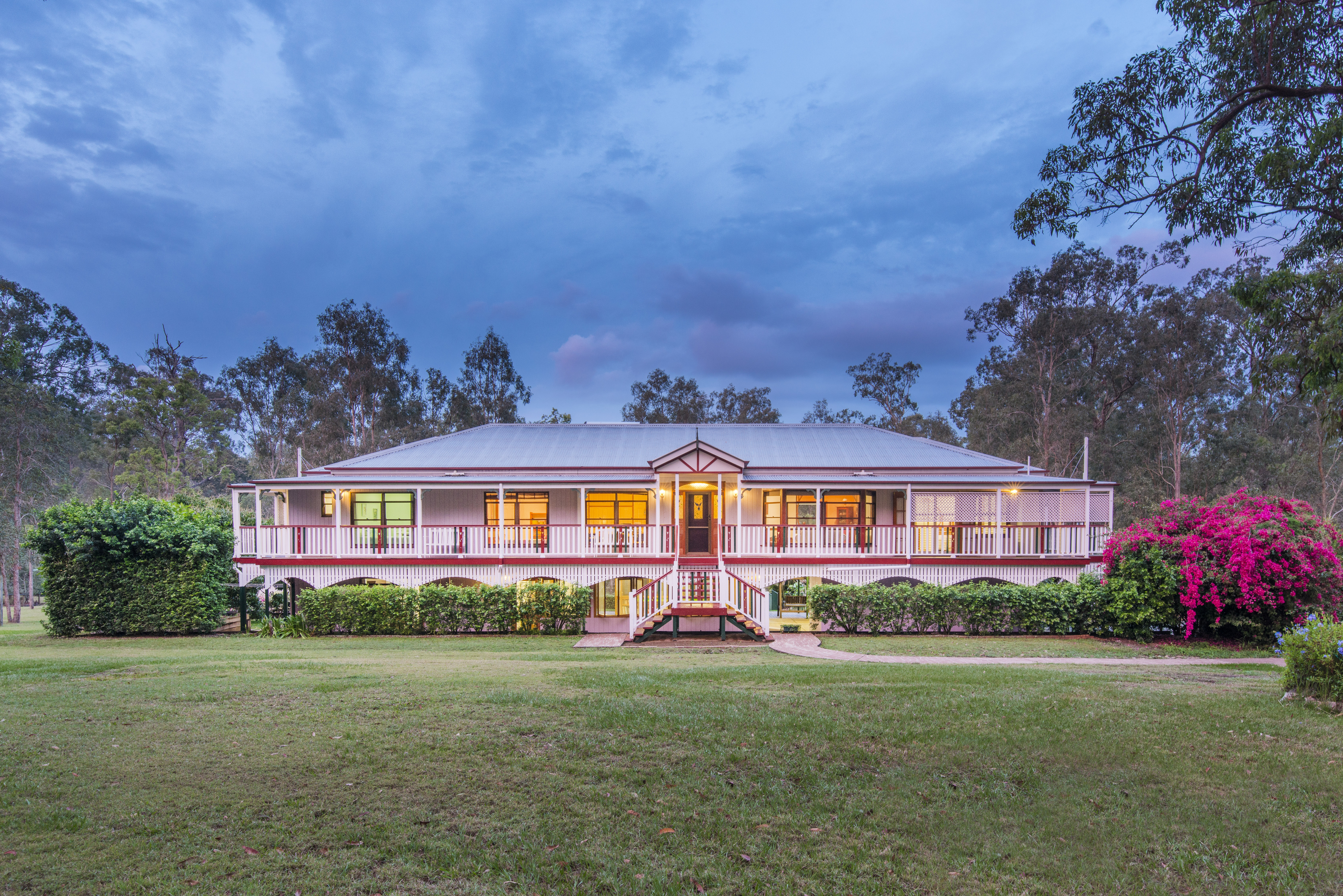 247 Sugars Road, Anstead front