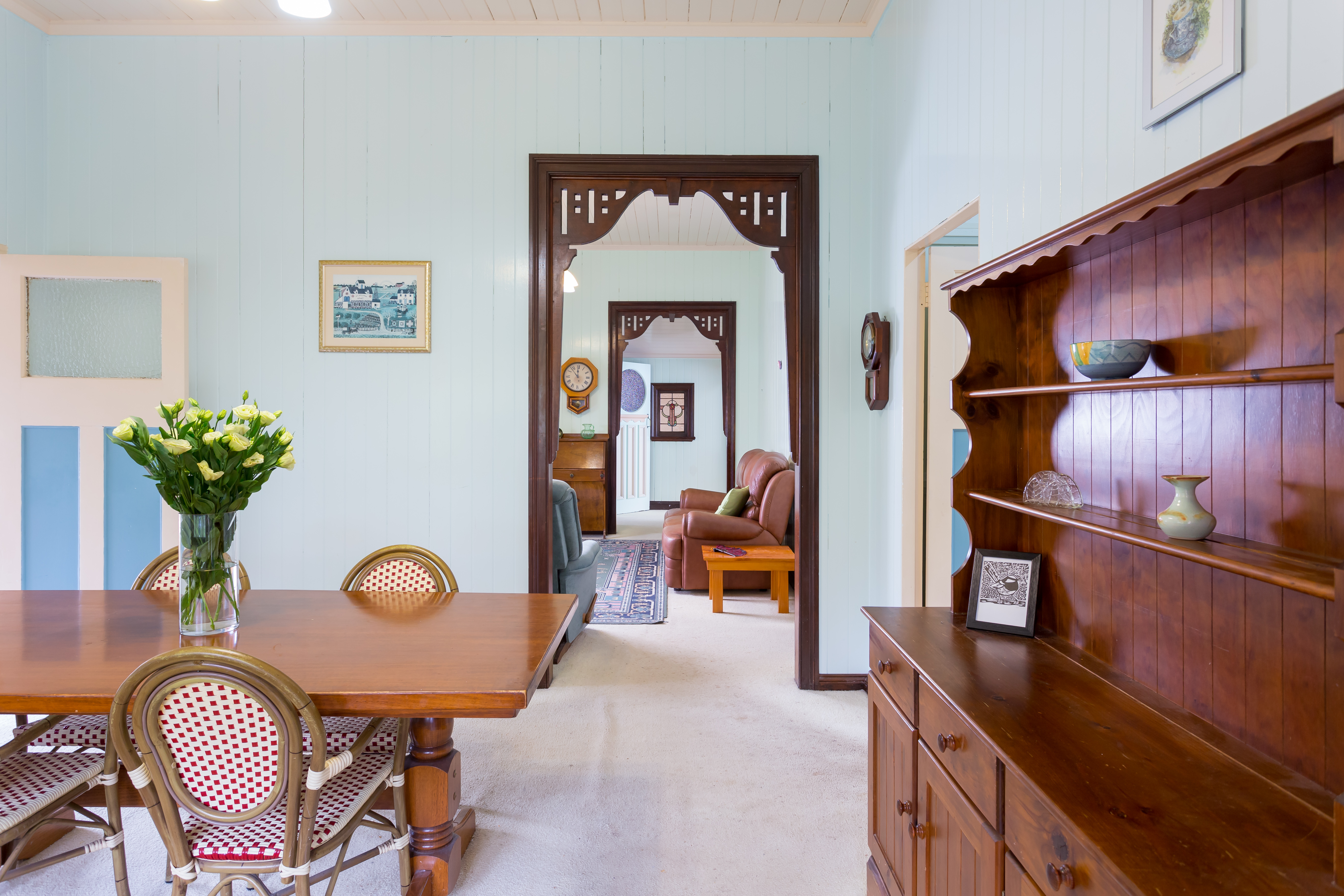 60 Allardyce St, Graceville living room