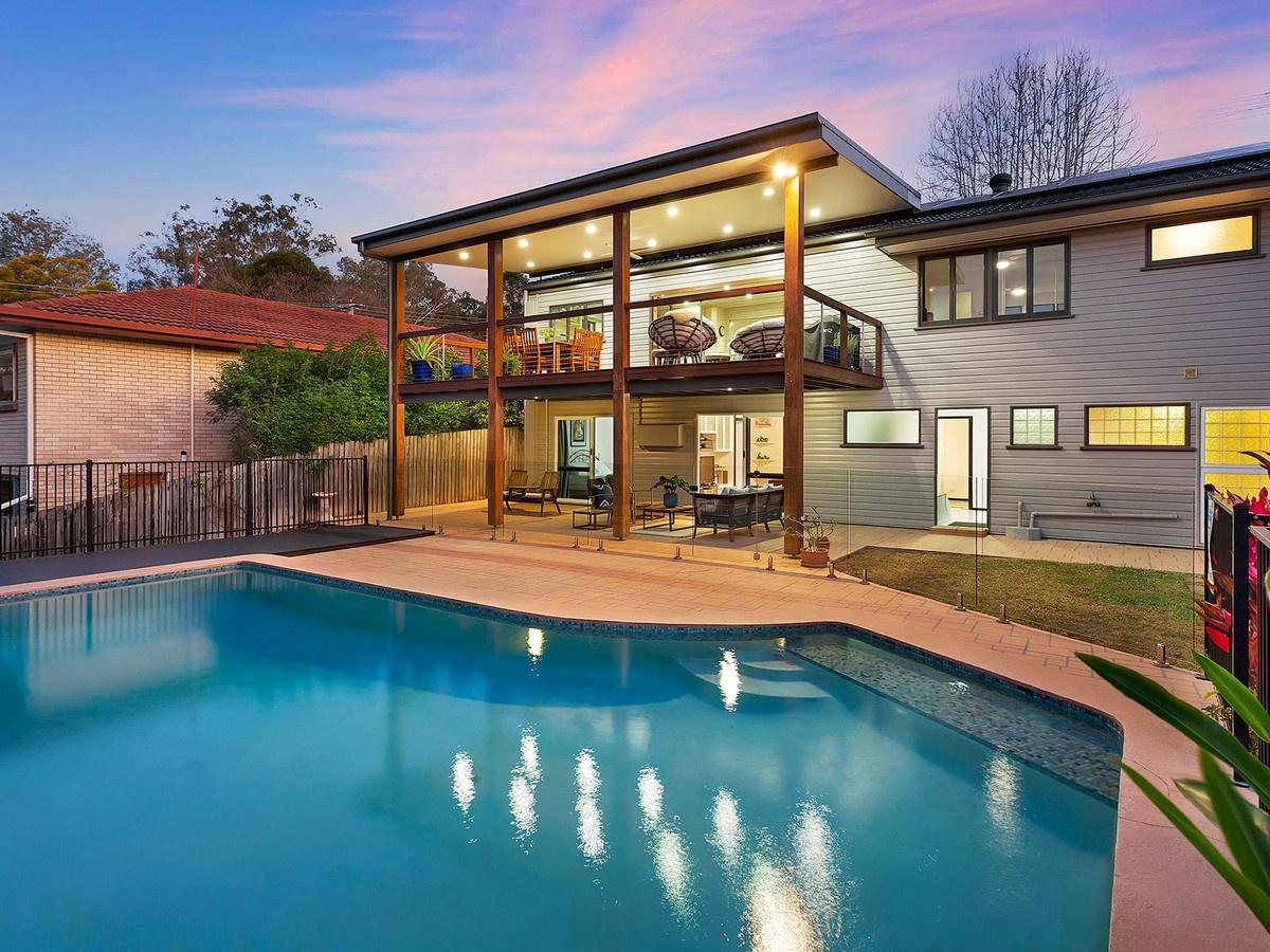 brisbane property growth large block kenmore