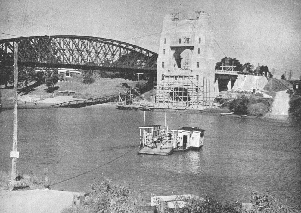 indooroopilly-ferry-crossing-the-brisbane-river-1935
