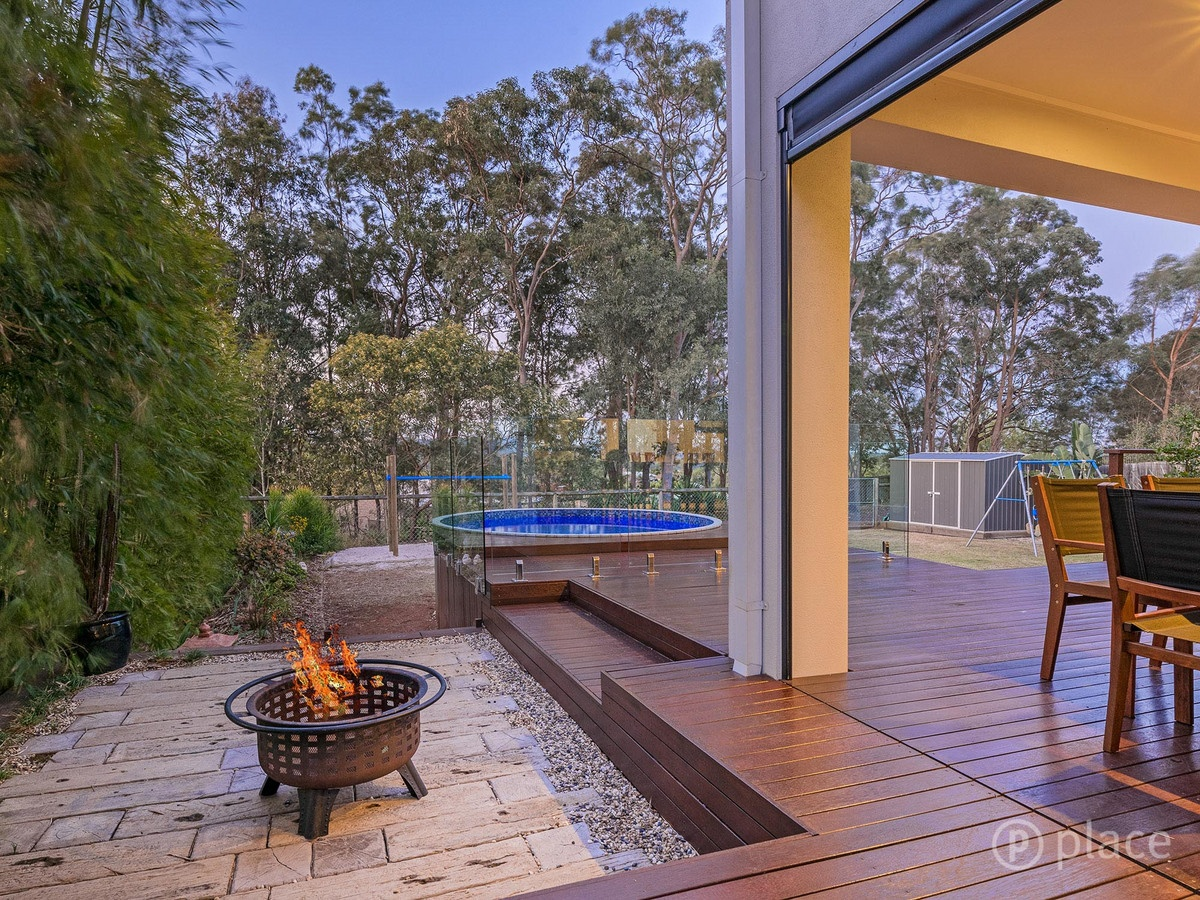 outdoor_fire_pit_landscaping